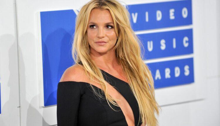 Britney-Spears-1-1200×797.jpg