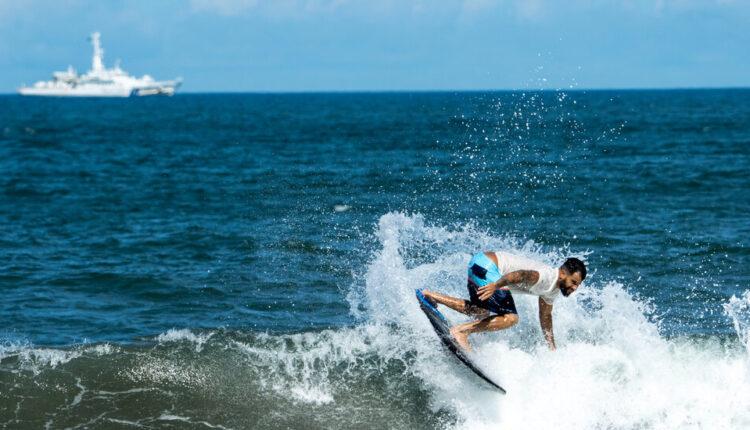 24Olympics-surfing1-facebookJumbo.jpg