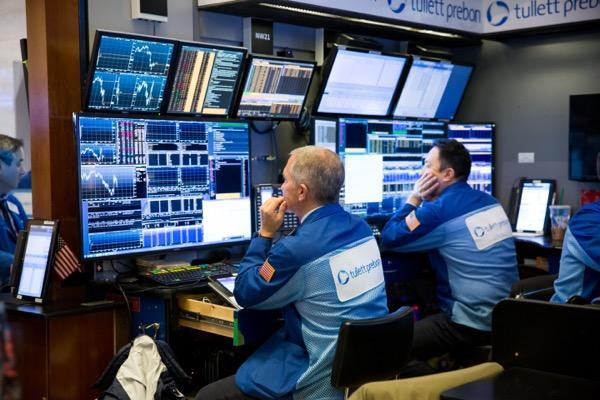 bg_indices_index_stocks_shares_traders_234234243.jpg