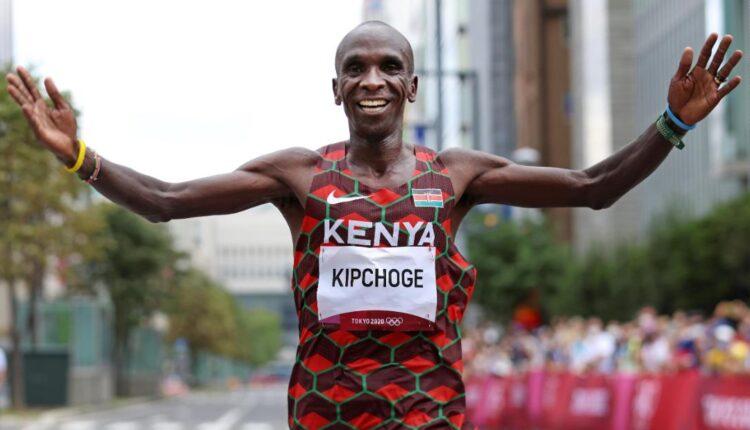 210808193536-eliud-kipchoge-olympic-marathon-super-tease.jpg