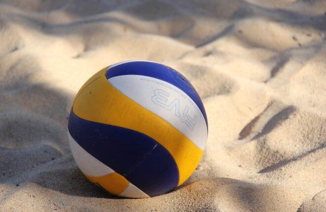 49efa098-bbb5-4f8f-a2b0-e3885c1a4a6c-volleyball-2639700_1920.jpg
