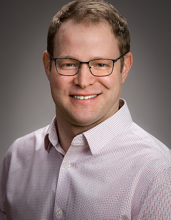 PG13_DDM_Dave_0823_Image-Zachary-_Martinsek-former-co-founder-of-Dave-Inc._t670.png