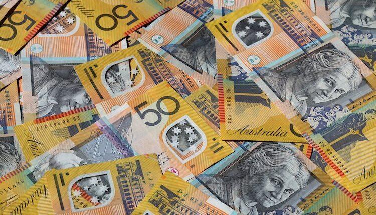 australian-money-15191644_Large.jpg