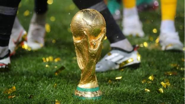 108100554_worldcup.jpg