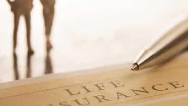 life-insurance-kQBG-621×414@LiveMint_1631466764697.jpg